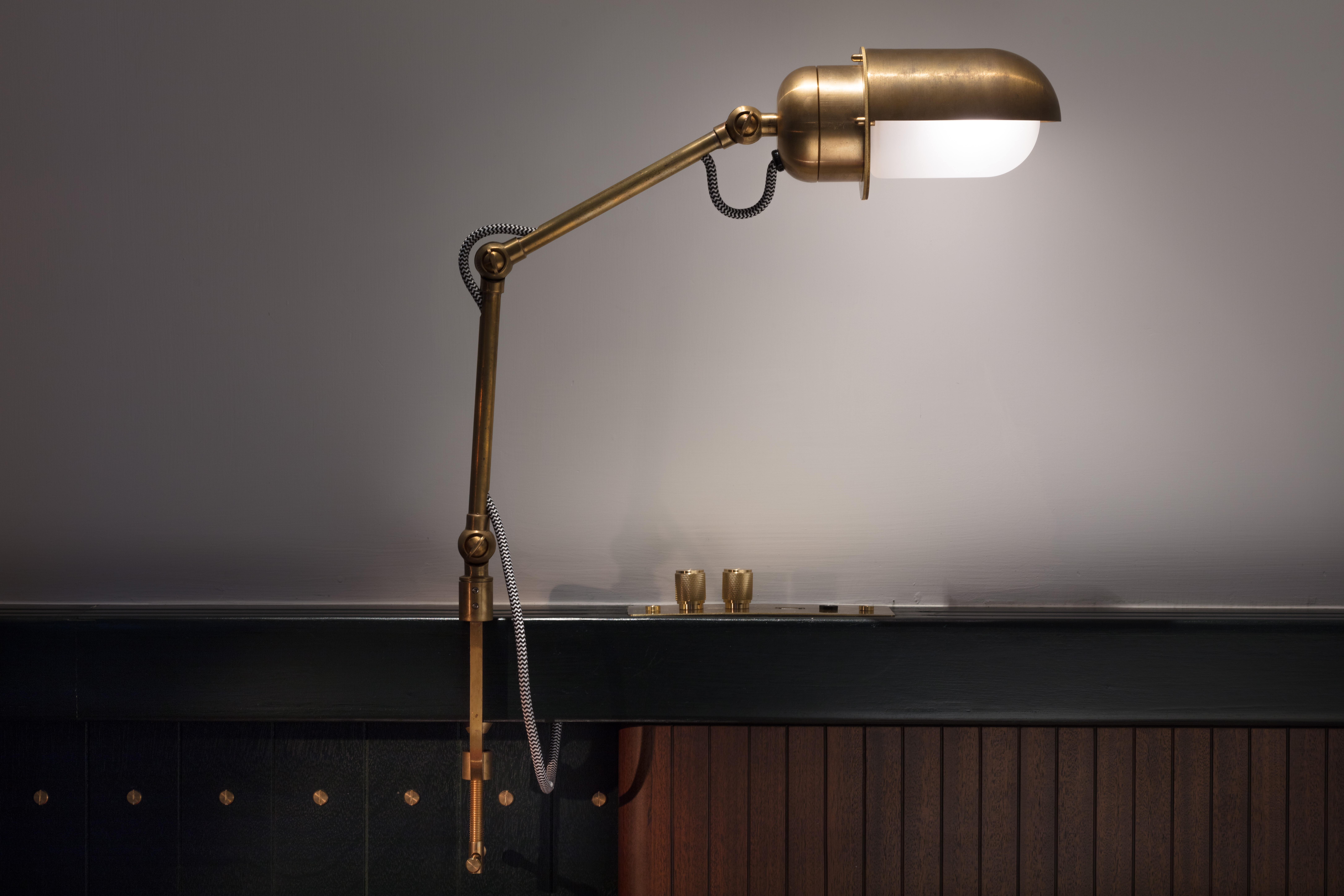 The Fleming - Room Lamp