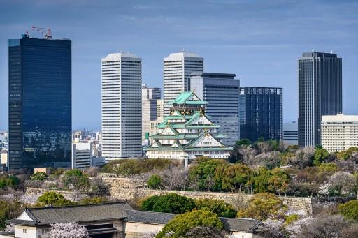 osaka-1-day-itinerary-osaka-castle-and-tall-buildings-XL.jpg